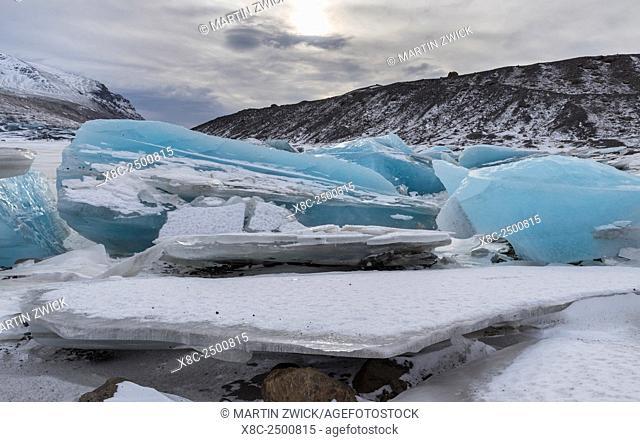 Glacier Svinafellsjoekul in the Vatnajoekull NP during winter. The frozen glacial lake. europe, northern europe, iceland, February