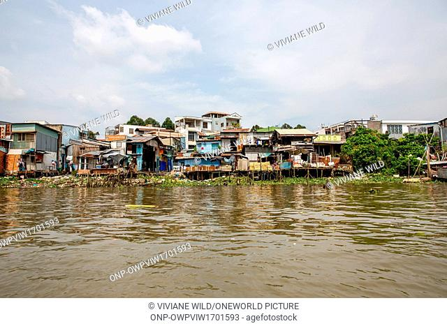 Vietnam, C?n Tho, Cái Rang, Motorboat to the floating markets of Cai Be, Mekong Delta, Can Tho. The most famous floating market is Cai Be Floating Market just a...
