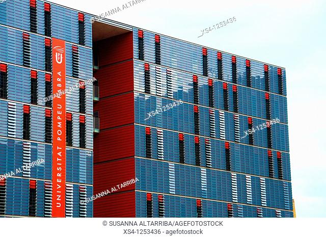 The Pompeu Fabra University, of 2009, crossroads of the Roc Boronat and Diagonal avenue, in the 22@ district, Barcelona, Spain, Europe