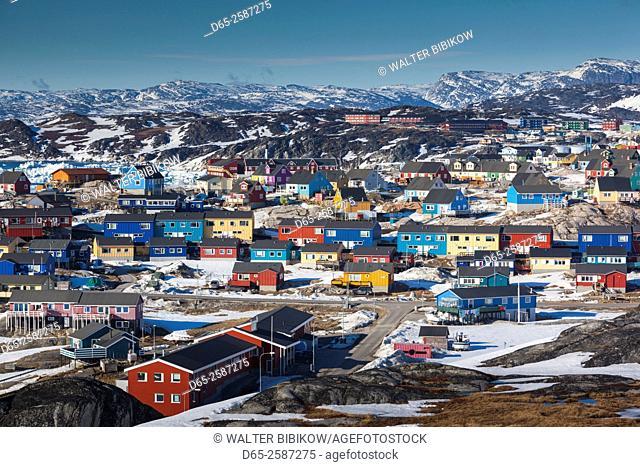 Greenland, Disko Bay, Ilulissat, elevated town view