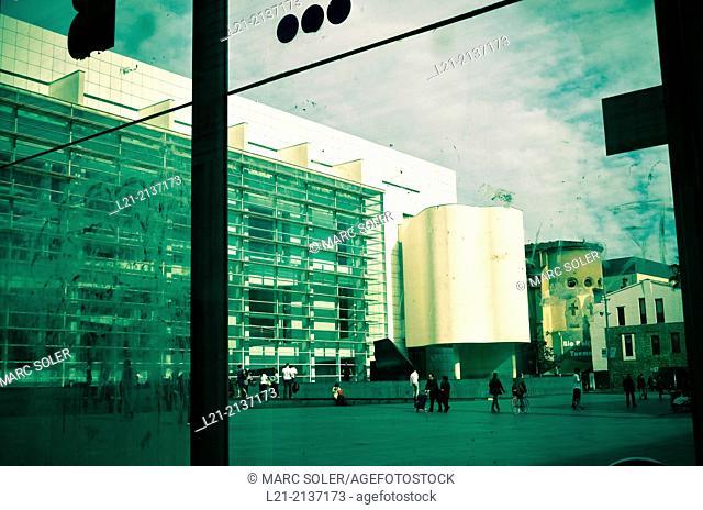 MACBA, Barcelona Museum of Contemporary Art by Richard Meier. Barcelona, Catalonia, Spain