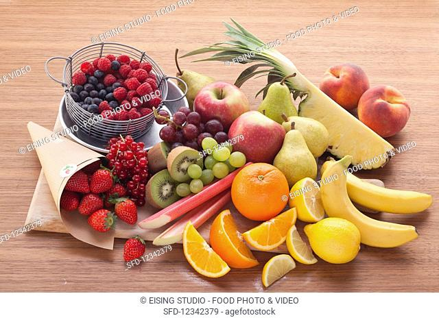Fresh fruit, ideal for a tray bake