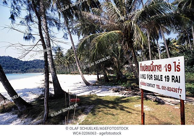 Ko Kut, Trat, Thailand, Asia - Land for sale at paradise beach on Ko Kut island in the Gulf of Thailand