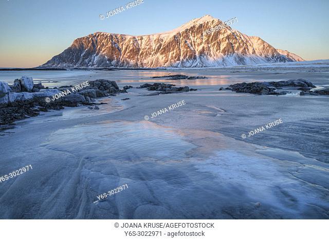 Flakstad, Skagsanden beach, Lofoten, Norway, Europe