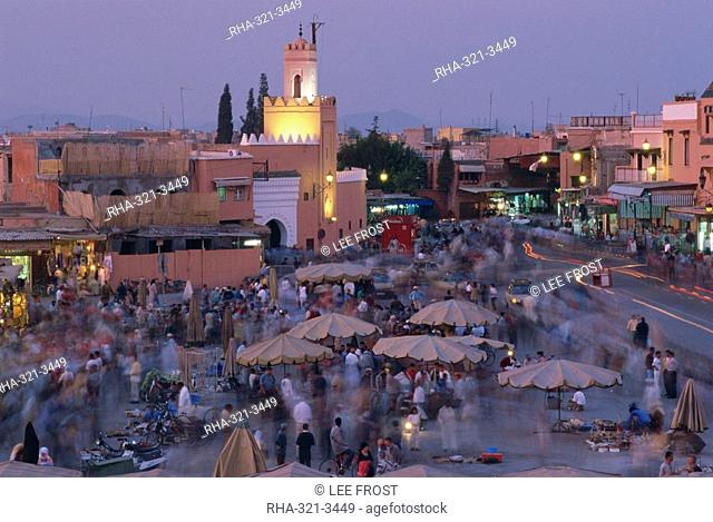 Djemaa el Fna at dusk, Marrakech, Morocco, North Africa, Africa