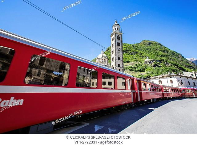 The Red Train passes to Tirano, the starting point of the Rhaetian Railway. Hence the traditional red carriages trespass in Switzerland bringing tourists in the...