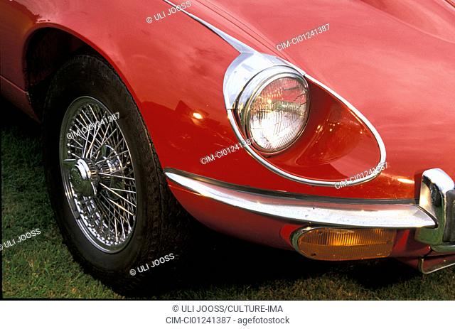 Car, Jaguar E-Type Serie III, vintage car, model year 1971-1975, 1970s, seventies, convertible, red, detail, details, headlights, headlight, headlamp, headlamps