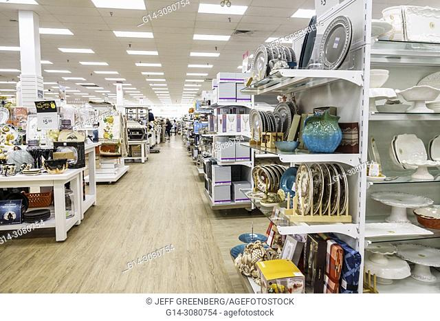 Florida, Stuart, HomeGoods, discount home furnishings decor, display sale, shopping, interior, aisle, shelves