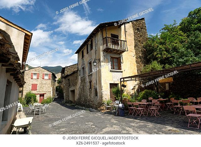 The hamlet of Evol in Olette, one of The Most Beautiful Villages of France, Les Plus Beaux Villages de France, Pyrénées-Orientales, France, Europe