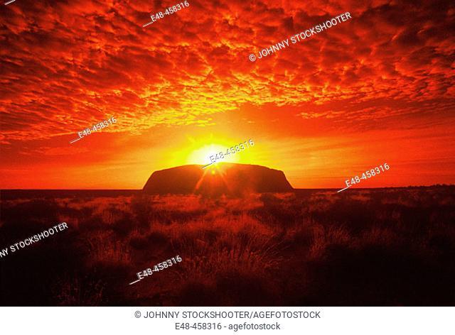 Ayers Rock, Uluru-Kata Tjuta National Park. Northern Territory, Australia