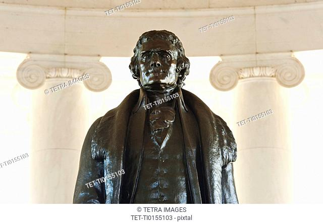 Close up of statue in Jefferson Memorial