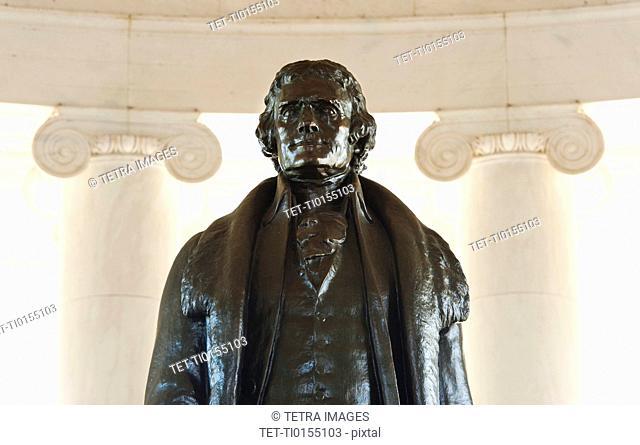 Close up of statue in Jefferson Memorial