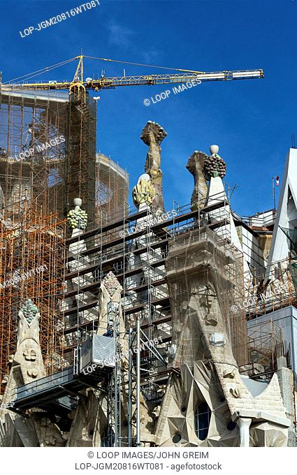 Exterior construction of Basilica Sagrada Familia