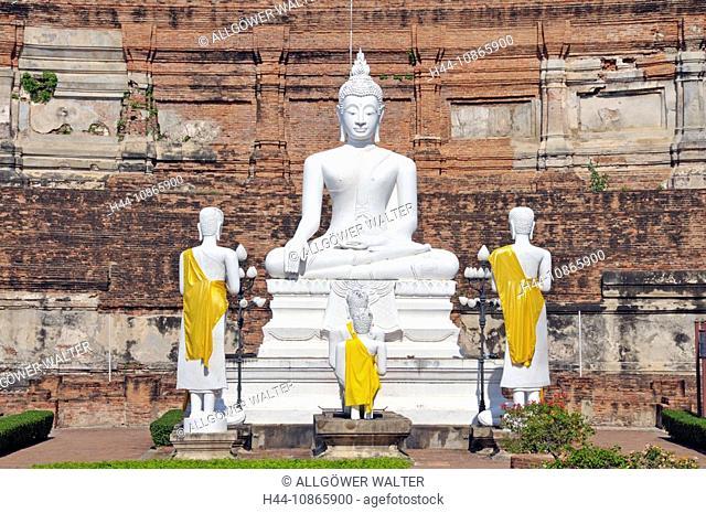 Buddhastatue, Great Chedi Chaya Mongkol, Wat Yai Chai Mongkon, Ayutthaya, Thailand, Asien