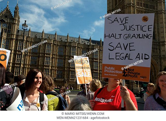"""Lawyers and Probation Officers demonstrate outside Parliament against the Ministry of Justice's new """"""""Fee and Contract"""""""" arrangements"""
