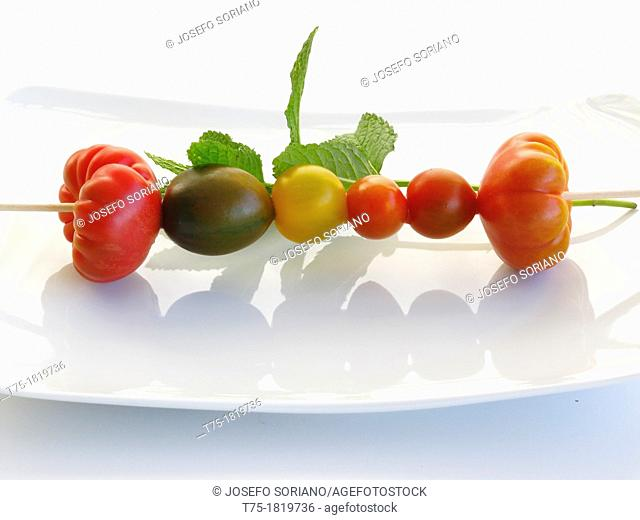 Skewers of tomatoes