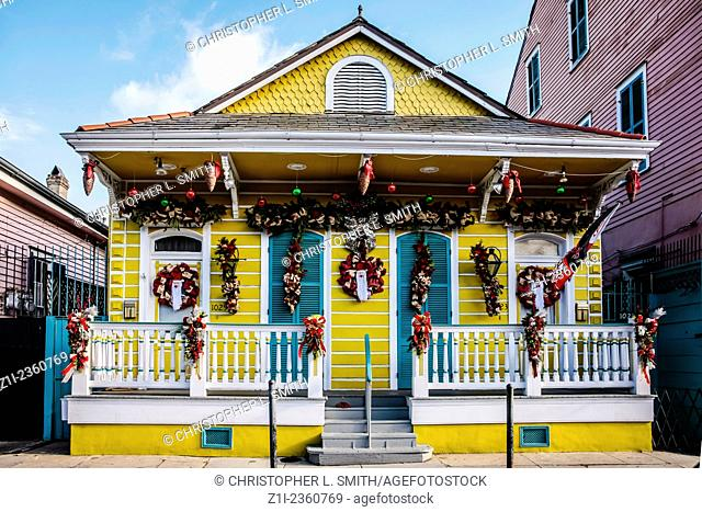 Small brightly painted duplex home in the French Qtr of New Orlenas LA