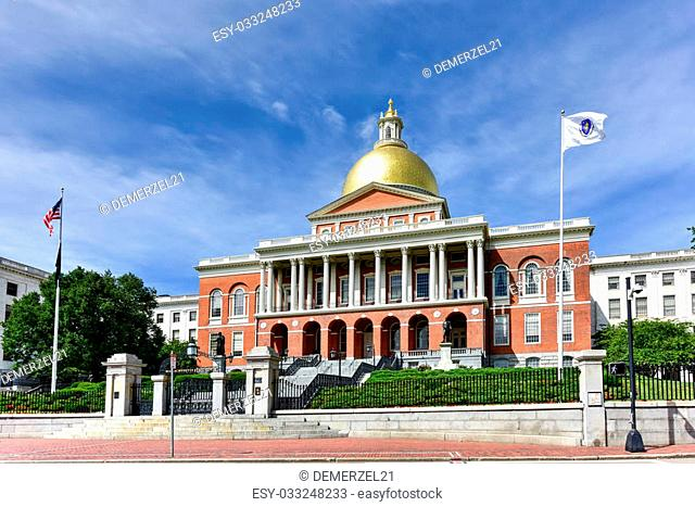 """The Massachusetts State House, also called Massachusetts Statehouse or the """"""""New"""""""" State House in Boston"""