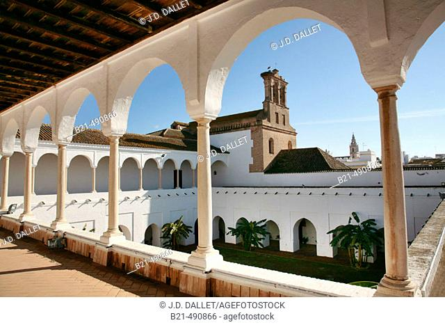 Upper Gallery of the 'Patio de las Madres' (Mothers cloister) XV-XVIc., at the Monastery of Santa Clara, at Moguer. Huelva province. Spain
