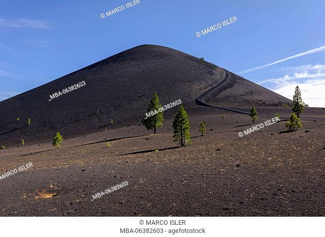 cinder cone in Lassen Volcanic national park, the USA, California