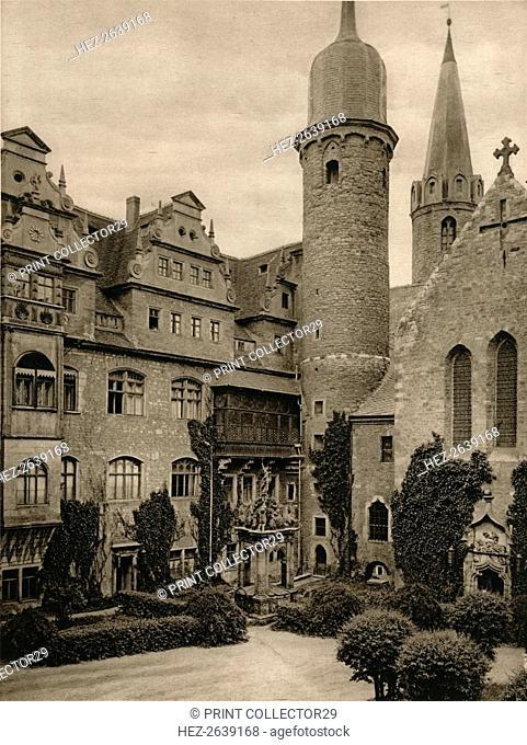 'Meersburg - Castle courtyard', 1931. Artist: Kurt Hielscher