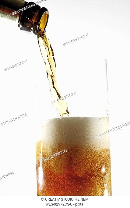 Top-fermented German dark beer, alt beer
