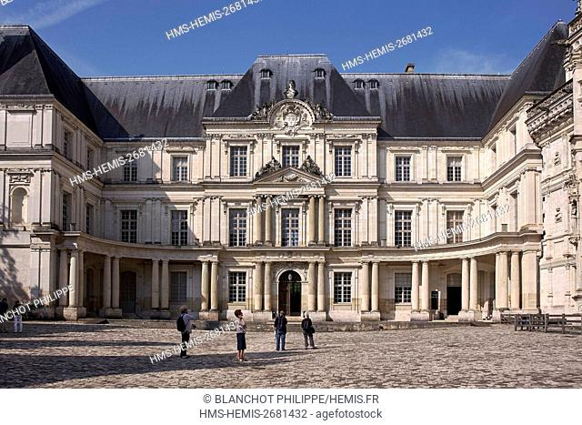 France, Loir et Cher, Loire Valley, listed as UNESCO World Heritage, Blois, Courtyard of the royal castle
