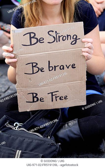 Slogan Be strong, be brave, be free