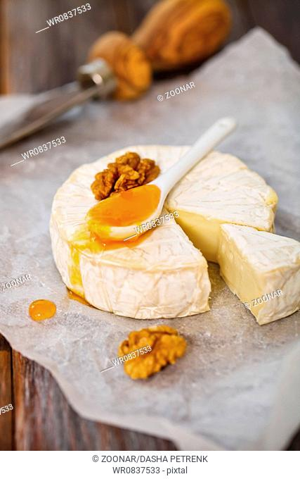 Cheese with nuts and jam