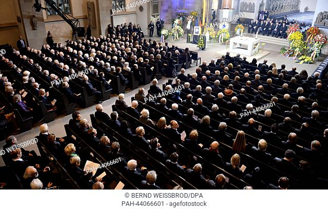FUNERAL SERVICE FOR MANFRED ROMMEL (11/13/2013) - Newsworthy
