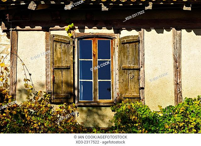 window with shutters, Pujols, Lot-et-Garonne Department, Aquitaine, France