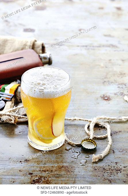 Shandy Cider: Cocktail with Beer, Cider and Lemonade (Anzac Day, Australia)