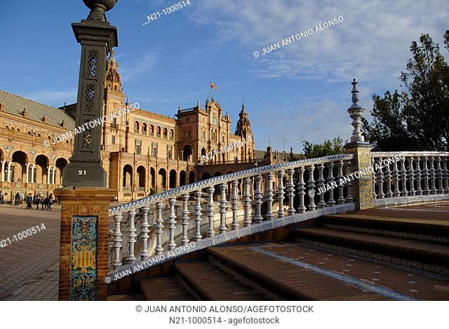 One of the four bridges located in the Plaza de España and arched galleries of a neo-renaissance palace in the shape of a semi-circular theatre
