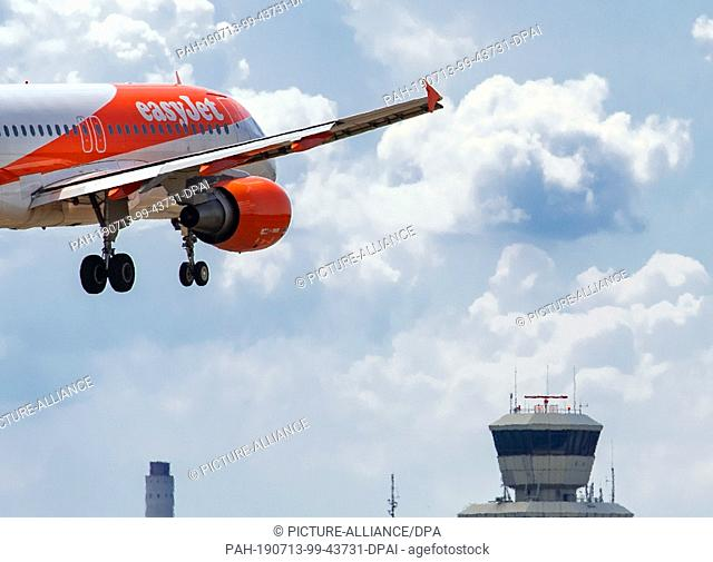 13 July 2019, Berlin: An airplane of the airline easyJet lands at the airport Tegel. After the start of the holidays in North Rhine-Westphalia