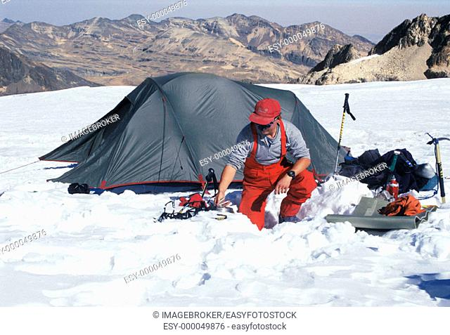 Mountain Climber, Huayna Potosi (6094 m.), Andes, Bolivia