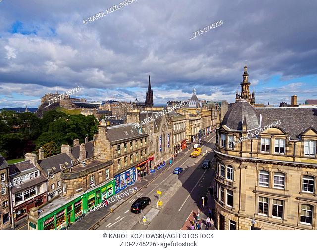 UK, Scotland, Edinburgh, View of the George IV Bridge Street