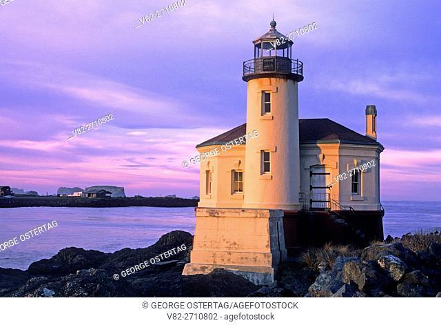 Coquille River Lighthouse, Bullards Beach State Park, Oregon