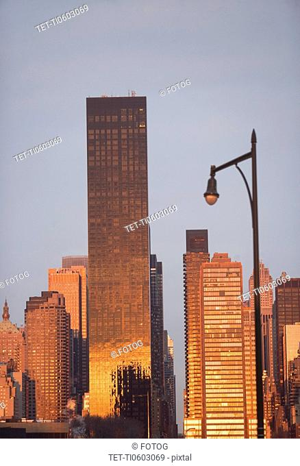 USA, New York State, New York City, Trump World Tower
