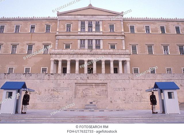 Parliament, Athens, Greece, Europe, Guards of Honor (evzones) standing at their post at the House of the Greek Parliament at Plateia Syntagmatos (Constitution...