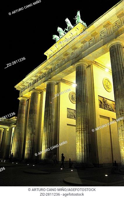 The neoclassical Brandenburger Tor -Brandenburg Gate-, XVIIIth century, by Carl Gotthard Langhans. Berlin, Germany