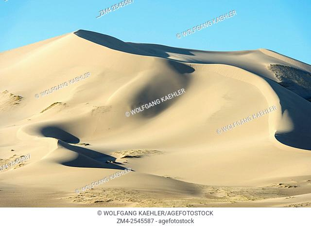 View of the Hongoryn Els sand dunes in the Gobi Desert in southern Mongolia