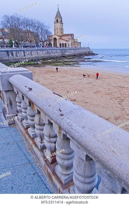 Beach of San Lorenzo, Church of San Pedro, Promenade Sea Front, Gijón, Asturias, Spain, Europe
