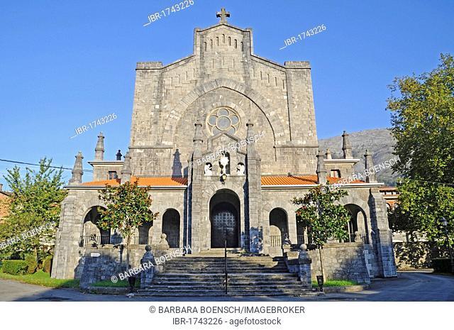Church, Azpeitia, Gipuzkoa province, Pais Vasco, Basque Country, Spain, Europe
