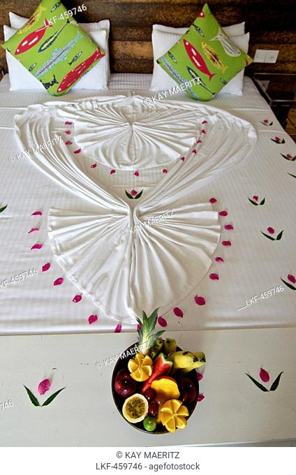 Beautifully made up bed in the Maalu Maalu Resort, Passekudah, East coast, Sri Lanka