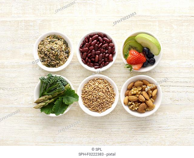 High fibre foods in bowls