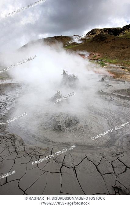 Ístak Active boiling mud pots, Hveragerdi, Iceland