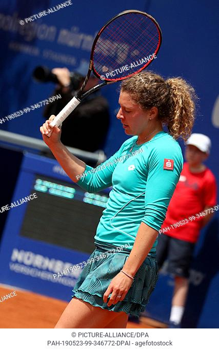 23 May 2019, Bavaria, Nuremberg: Tennis: WTA-Tour - Nuremberg, singles, women, quarter finals, Friedsam (Germany) - Putinzewa (Kazakhstan)