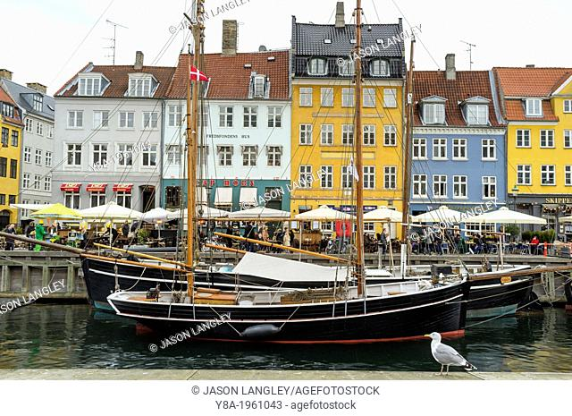 Boats and colorful houses on Nyhavn, Copenhagen, Region Hovedstaden, Denmark