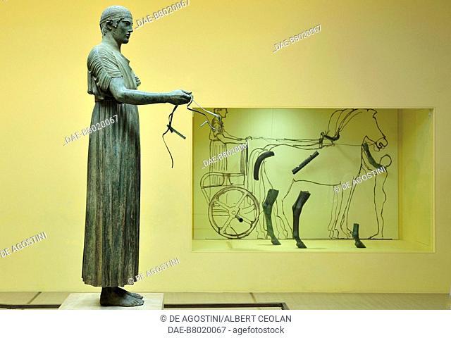 Charioteer of Delphi (Heniokhos), ca 475 BC, bronze statue, height 180 cm, found at the Sanctuary of Apollo in Delphi, Greece