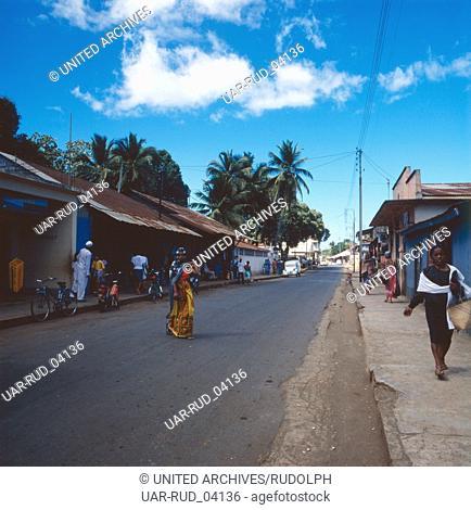 Straßen in Andoany, der Hauptstadt von Nosy Be, Madagaskar 1989. The streets of Andoany, capital of Nosy Be, Madagascar 1989